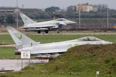 Liên quân đồng ý để NATO chỉ huy chiến dịch tại Libya