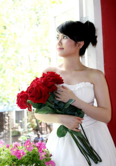 Huyền Trang cho rằng thành công lớn nhất đối với người phụ nữ là có một gia đình hạnh phúc. Ảnh: Hai Duyên.