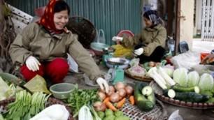 Một số loại rau, thực phẩm lại tăng giá