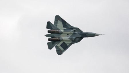 Nga thử chiến đấu cơ tàng hình T-50
