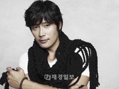 Tài tử Lee Byung Hun. Ảnh: jkn.