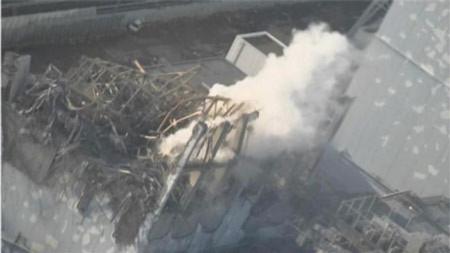 Nhà máy điện Nhật lại bốc khói, công nhân sơ tán