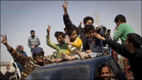 Phe nổi dậy Libya 'tái chiếm thị trấn quan trọng'