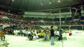 Phương Vy Idol 'cháy' cùng khán giả Đà Nẵng