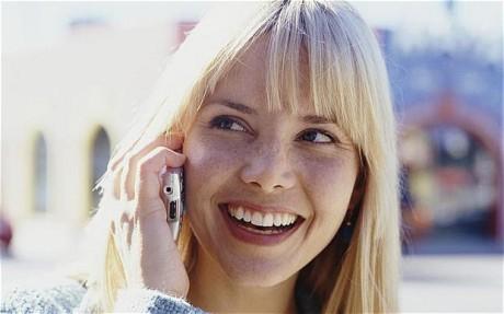 Pin điện thoại di động sử dụng nhiều tháng không cần sạc