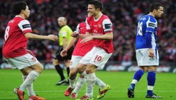 Tin xấu dồn dập đến với Arsenal