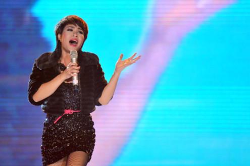 Uyên Linh được xem là hiện tượng âm nhạc 2010. Ảnh: Huy Tân
