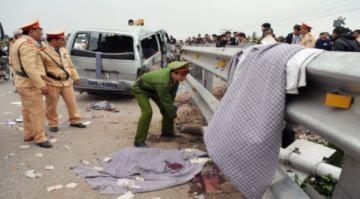 Vụ tai nạn đường sắt thảm khốc ở Thường Tín