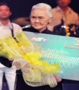 Cụ bà 74 tuổi đoạt giải thí sinh được yêu thích nhất