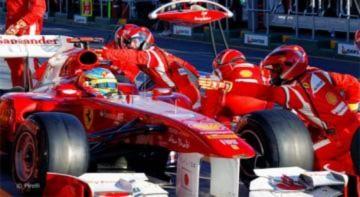 Ferrari họp gấp nhằm cứu vãn tình hình