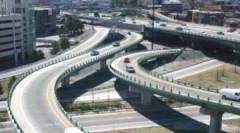Hà Nội lập đề án nghiên cứu xây đường trên cao