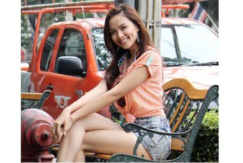 Hoa hậu Diễm Hương rạng rỡ trên đất Thái