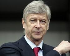 Nước Anh cần Arsenal đánh bại Liverpool?