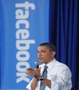 Obama vận động tranh cử qua Facebook