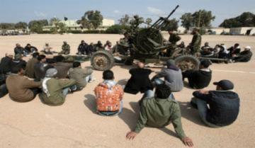 Phái bộ liên quân vào 'sào huyệt' phe nổi dậy
