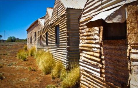 Nhà của những người thổ dân da đỏ bò hoang từ thế kỉ 20.