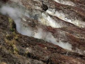 Philippines đối mặt với nguy cơ núi lửa phun trào