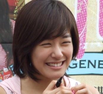 """Sao Hàn và những nụ cười """"quên cả đường về"""""""