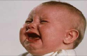 Trẻ khóc dạ đề lâu có nguy cơ bị tăng động giảm chú ý