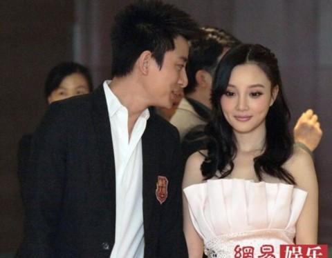 Hai diễn viên Giả Nãi Lượng (Jia Nai Liang) và Lý Tiểu Lộ (Jacqueline Lu).