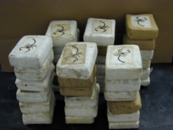 Australia phá đường dây buôn ma túy quốc tế lớn