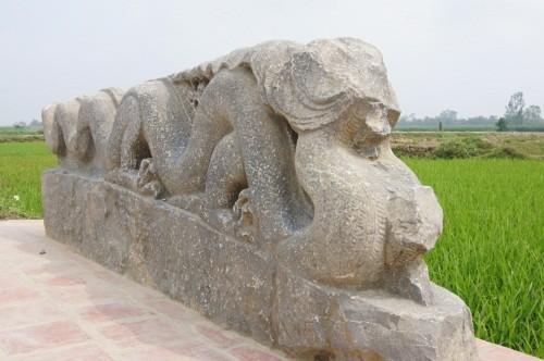 Bí mật đằng sau thành đá lớn nhất Việt Nam