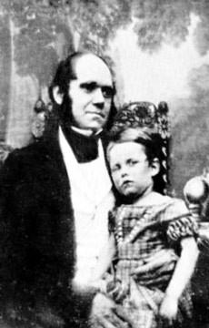 Căn bệnh nào đã hủy hoại cả dòng họ Darwin?