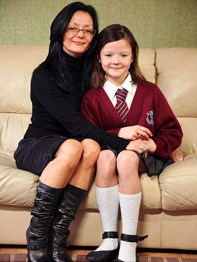 Cô bé 11 tuổi khỏe nhất nước Anh