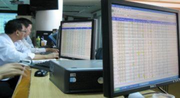 Cổ phiếu lớn tăng trần giúp thị trường đột ngột đảo chiều