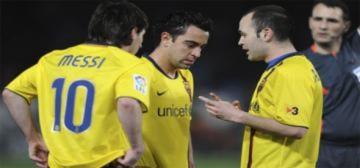 Ferguson đau đầu tìm đối sách trước Barca