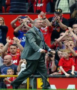 Ferguson tuyên chiến với Man City