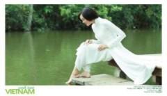 Hoa hậu Alex Trần khoe nét 'xinh tươi Việt Nam'