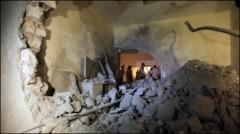 Không kích của Nato hạ sát con trai Gaddafi