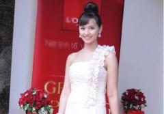 Lã Thanh Huyền xinh hơn với tóc mới