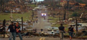 Lốc xoáy liên tiếp ở Mỹ, 26 người thiệt mạng