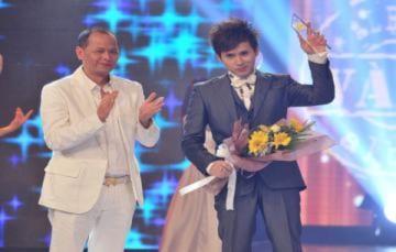 Nguyên Vũ đoạt giải Album vàng