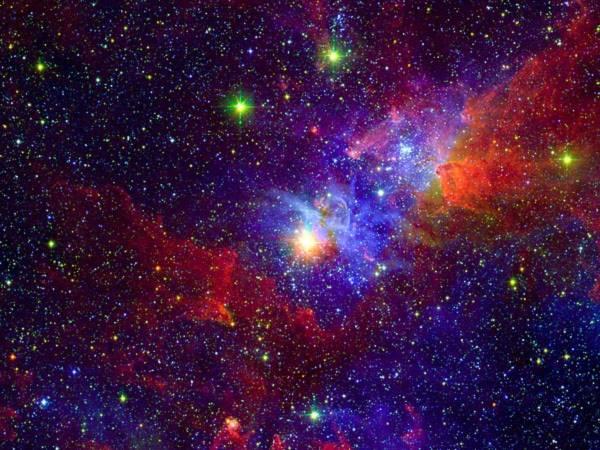 Ngôi sao lớn Eta Carinae được bao quanh bởi khí và bụi trong chòm saoCarina. Các nhà thiên văn tin rằng ngôi sao này đang ở gần cuối cuộc đời của nó và có thể dễ dàng quan sát được nếu nó nổ.