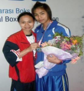 Nữ võ sĩ vô địch boxing trẻ thế giới