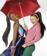 Siêu mẫu quy tụ trong show thời trang hè 2011