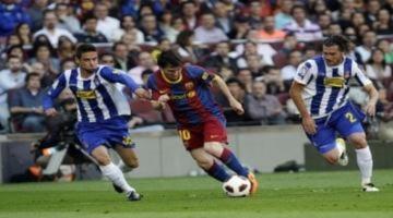 Thắng trận derby, Barca chỉ còn cách chức vô địch đúng 1 điểm