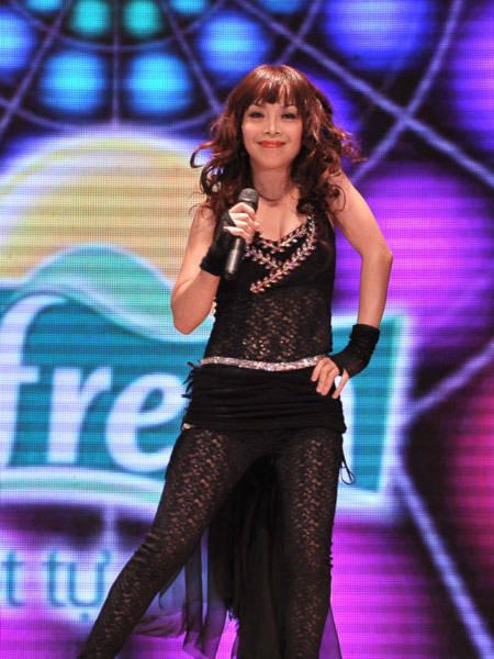 Ca sỹ khách mời đặc biệt của đêm thi thứ 6 sẽ là một gương mặt đến từ Philippines: Doreen Fernandez. Cô là một trong những ca sỹ nổi tiếng ở Philippines. Từng tham gia liên hoan Giọng ca vàng Asean tại Việt Nam