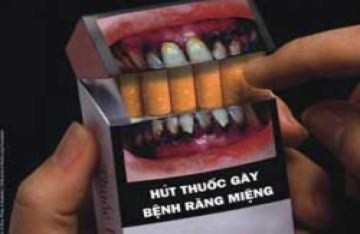 'Thuốc lá đáng sợ hơn cả bệnh thế kỷ'