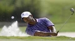 Tiger Woods tiếp tục tụt sâu trên bảng vị trí các golf thủ