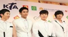 2AM: 'Sẽ thể hiện hình ảnh đẹp nhất với khán giả Việt'