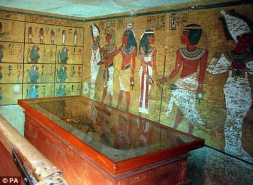 Bí ẩn trong lăng mộ hoàng đế Ai Cập Tutankhamun, Phi thường - kỳ quặc, Bi an,bi an lich su,bi an lich su the gioi,nguoi Ai Cap,vua pha ra ong