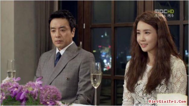 Bóc giá trang phục hàng hiệu của Lee Da Hae trong phim