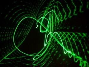 """Các nhà khoa học đã tạo ra được loại """"laser sống"""""""
