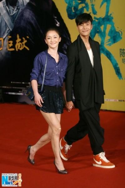Hai ngôi sao của Họa bì 1 tái ngộ trong Họa bì 2, cùng bạn diễn Triệu Vy. Trần Khôn và Châu Tấn là những người theo đuổi dự án Họa bì 2 từ đầu, còn Triệu Vy sau nhiều cân nhắc mới quyết định nhận vai.