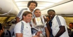 Chiếc Cup vỡ của Real được đưa vào bảo tàng