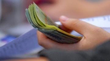 Có thể miễn thuế thu nhập chứng khoán